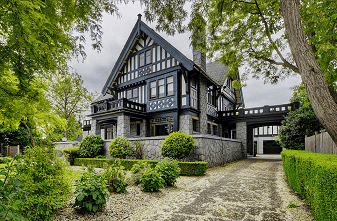 Rockland Mansion