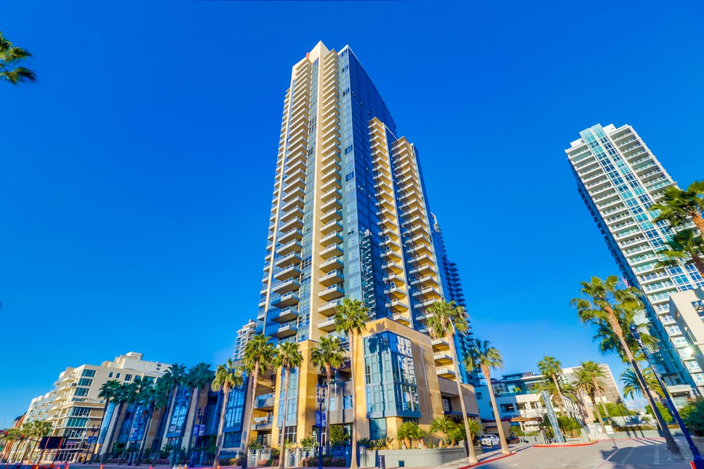 Bayside Condos Outside building picture