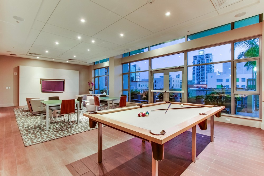 Alta Condominiums entertainment room