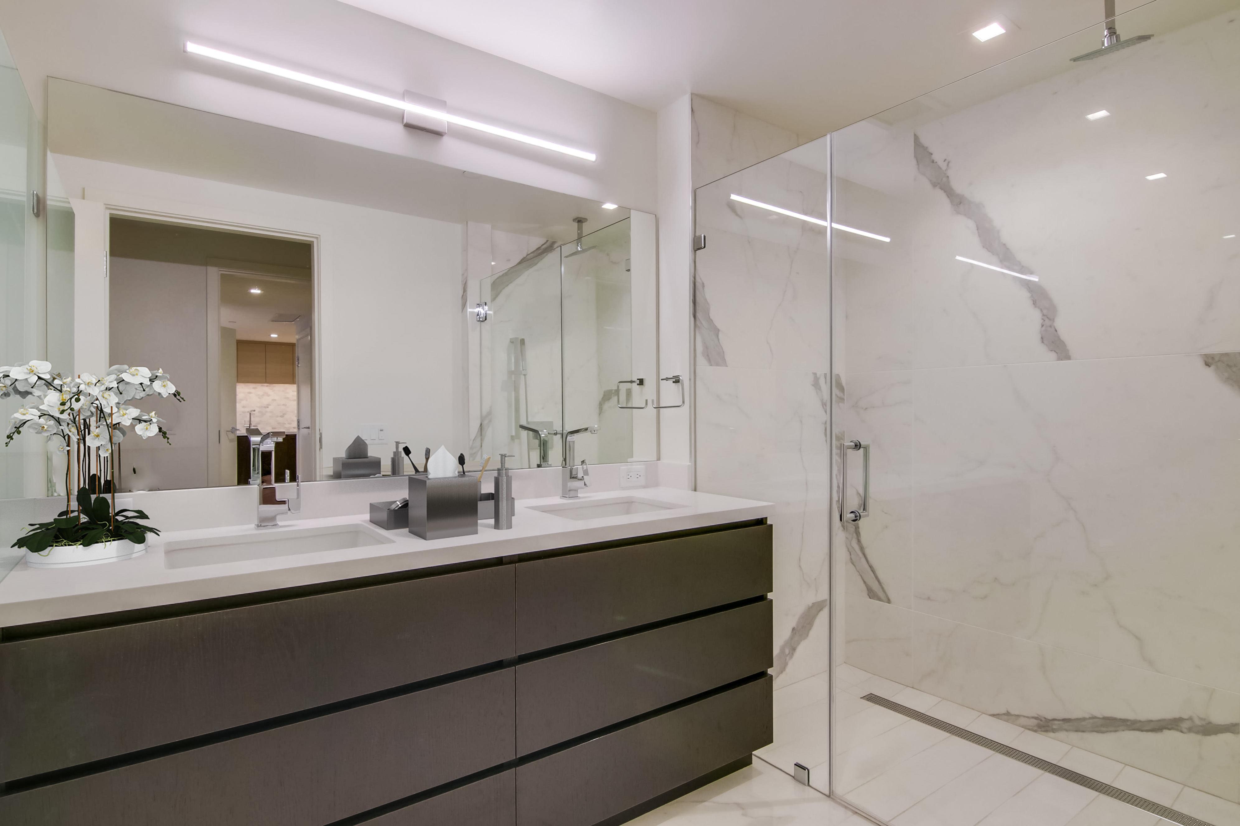 Picture of Bathrooms at Savina Condos in San Diego