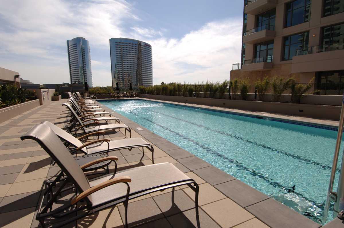 image of pinnacle condos pool