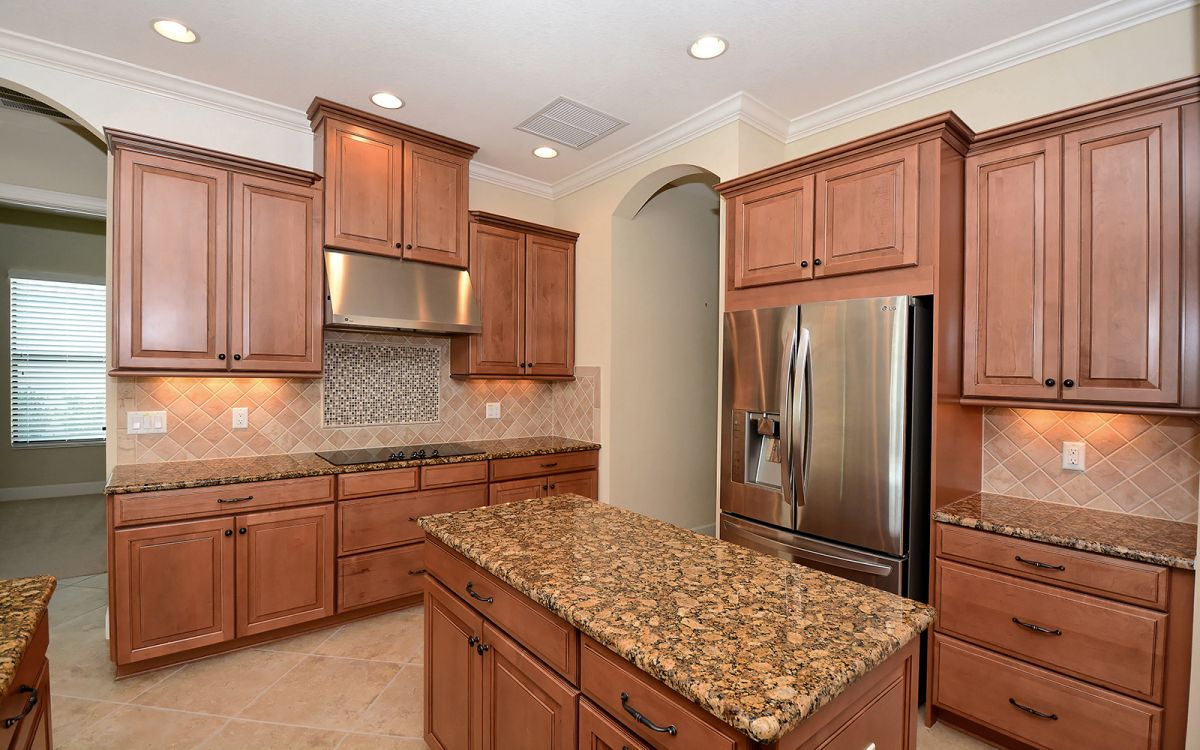 5259 Castello Kitchen