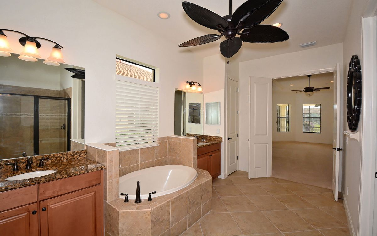 5259 Castello Master Bathroom