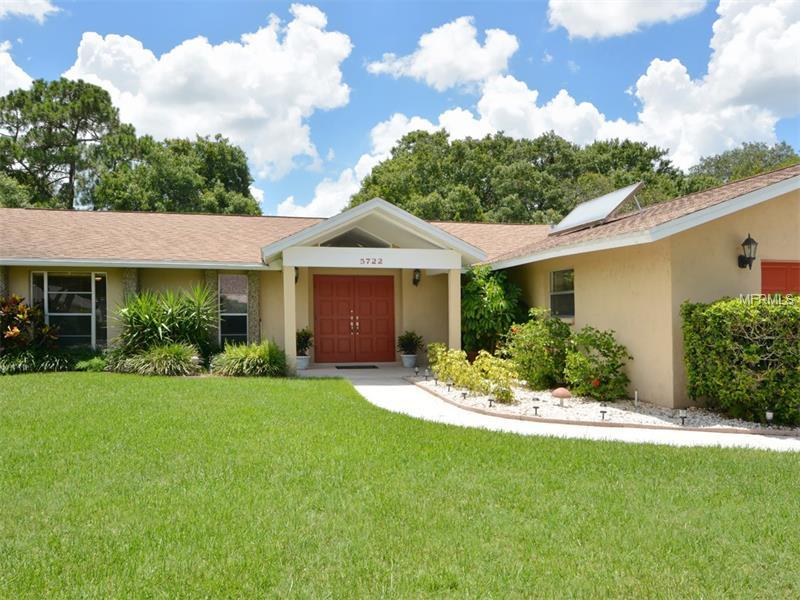 5722 Timberlake Drive, Sarasota FL 34243