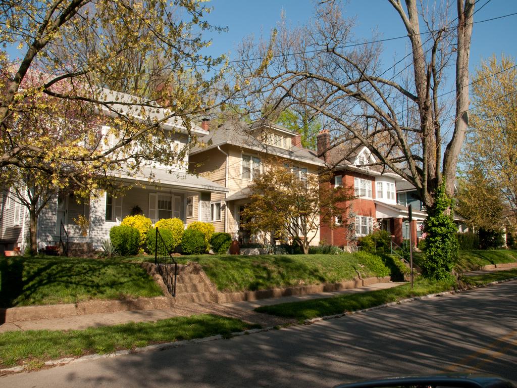 Hillcrest Ave Crescent Hill Neighborhood