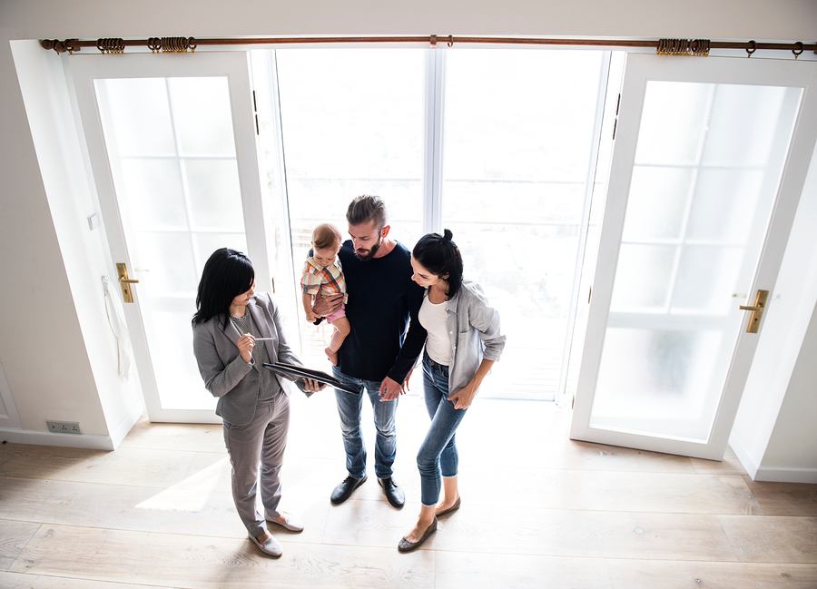 Hire a buyers agent to help you find a Vancouver home.