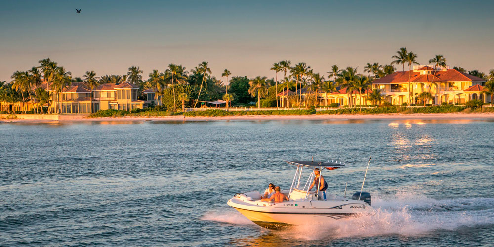 Moving to St. Petersburg   Tampa Bay Relocation Guide   Boating in St. Petersburg