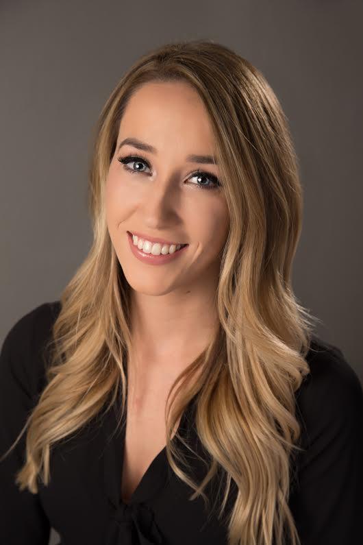 Madison Benjamin - Loving Phoenix Team | Realty One Group