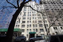 17 West 67th Street