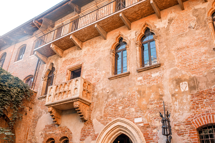 See Romeo and Juliet on Saratoga real estate.