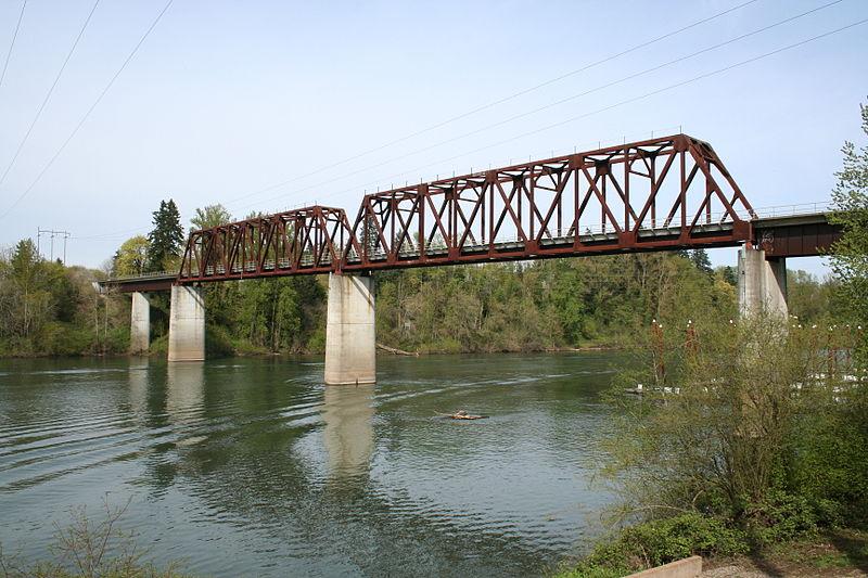 Wilsonville real estate - Wilsonville railroad bridge