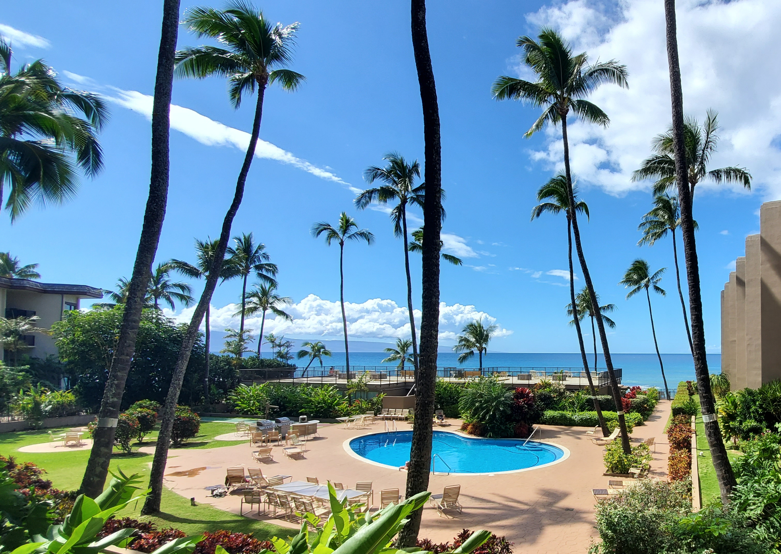 Hale Ono Loa condominium in contract | Maui Hawaii real estate agent Jesse Coffey with Keller Williams Realty