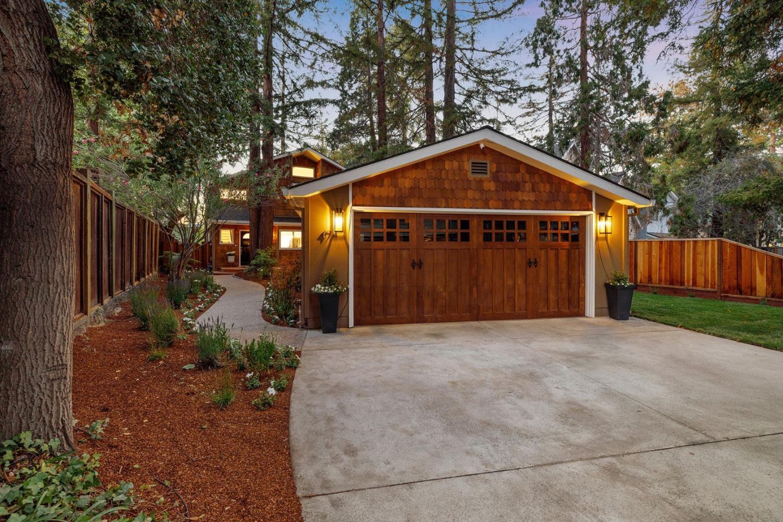 Palo Alto Home For Sale in Monroe Park neighborhood