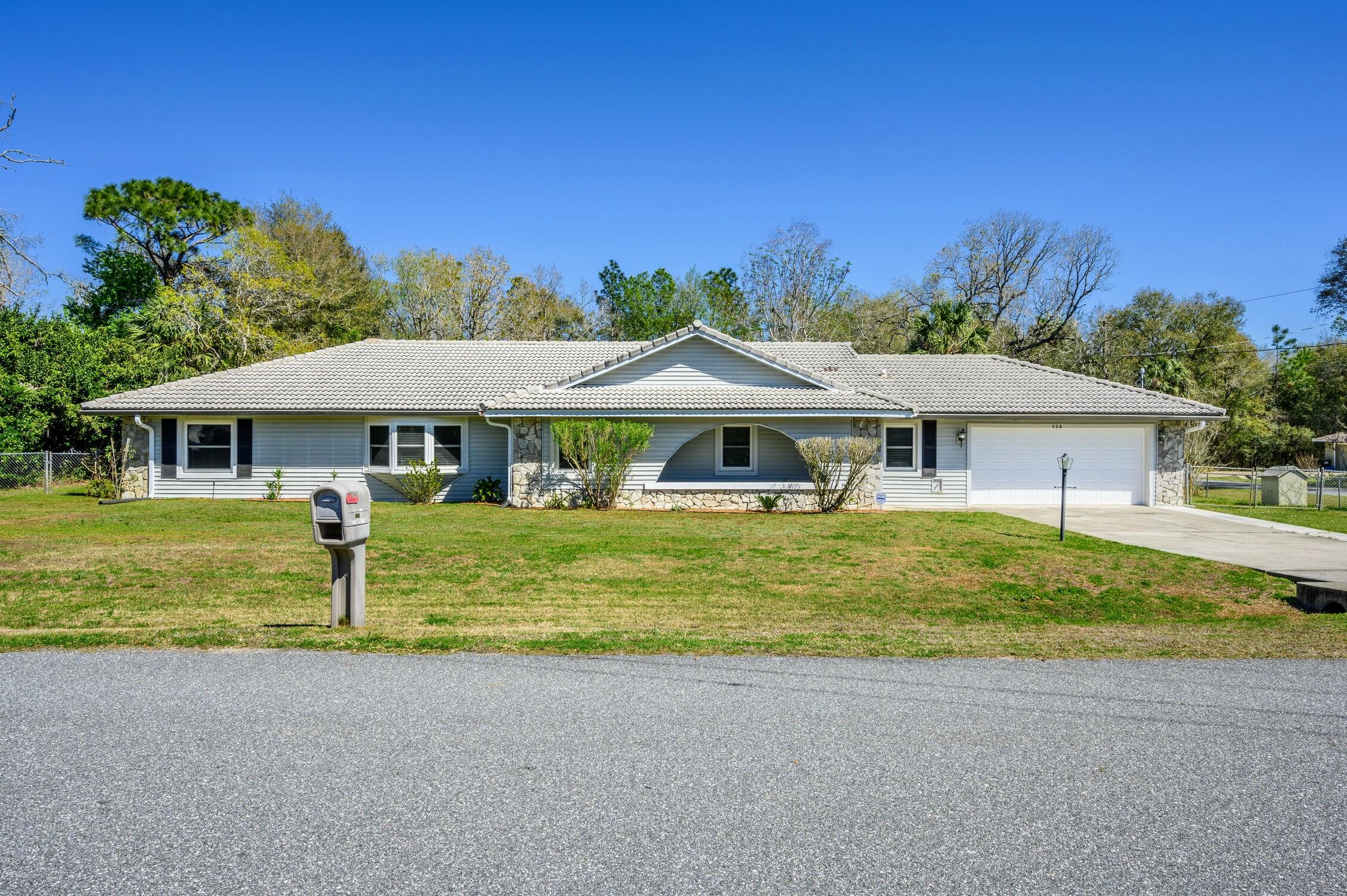 526 Pine Way, Ocala, Florida - ocala fl home for sale
