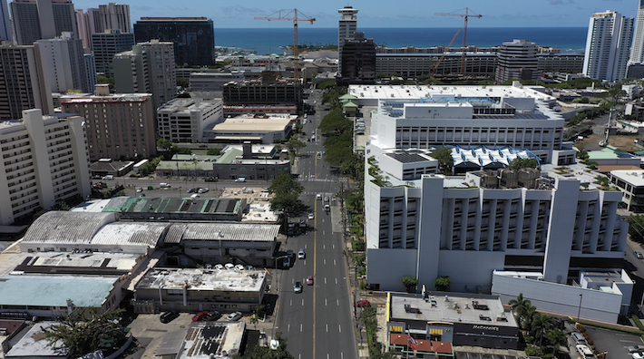 Midtown Ala Moana April 2020