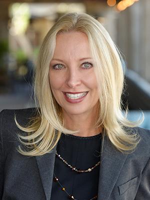 Dana Dearien Real Estate Broker in Arizona with Montebello Fine Properties