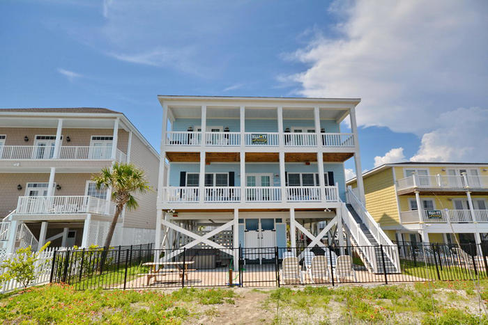 Myrtle Beach Beachfront Living on a Budget