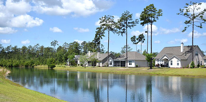 New Homes in Windsor Plantation on a Lake