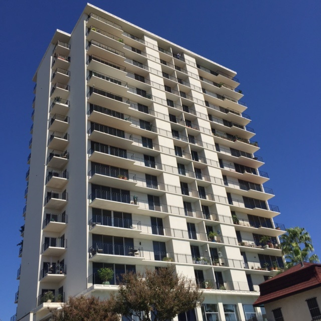 One Of The First High Rise Iniums Built In San Antonio Olmos Tower Is A 15 Story Building 1964 Historic Landmark Delivers