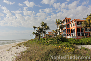 Beachfront Homes and Villas in Naples FL