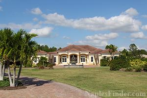 Estate Homes with Acreage