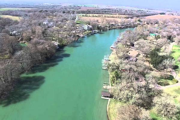 Lake Placid Waterfront Homes for Sale in Seguin