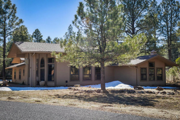 2332 Kayenta LN Flagstaff, AZ 86001