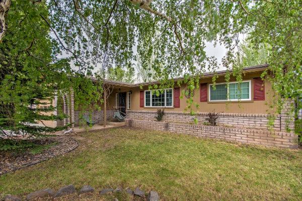 2719 N Roberta DR, Flagstaff, AZ 86001