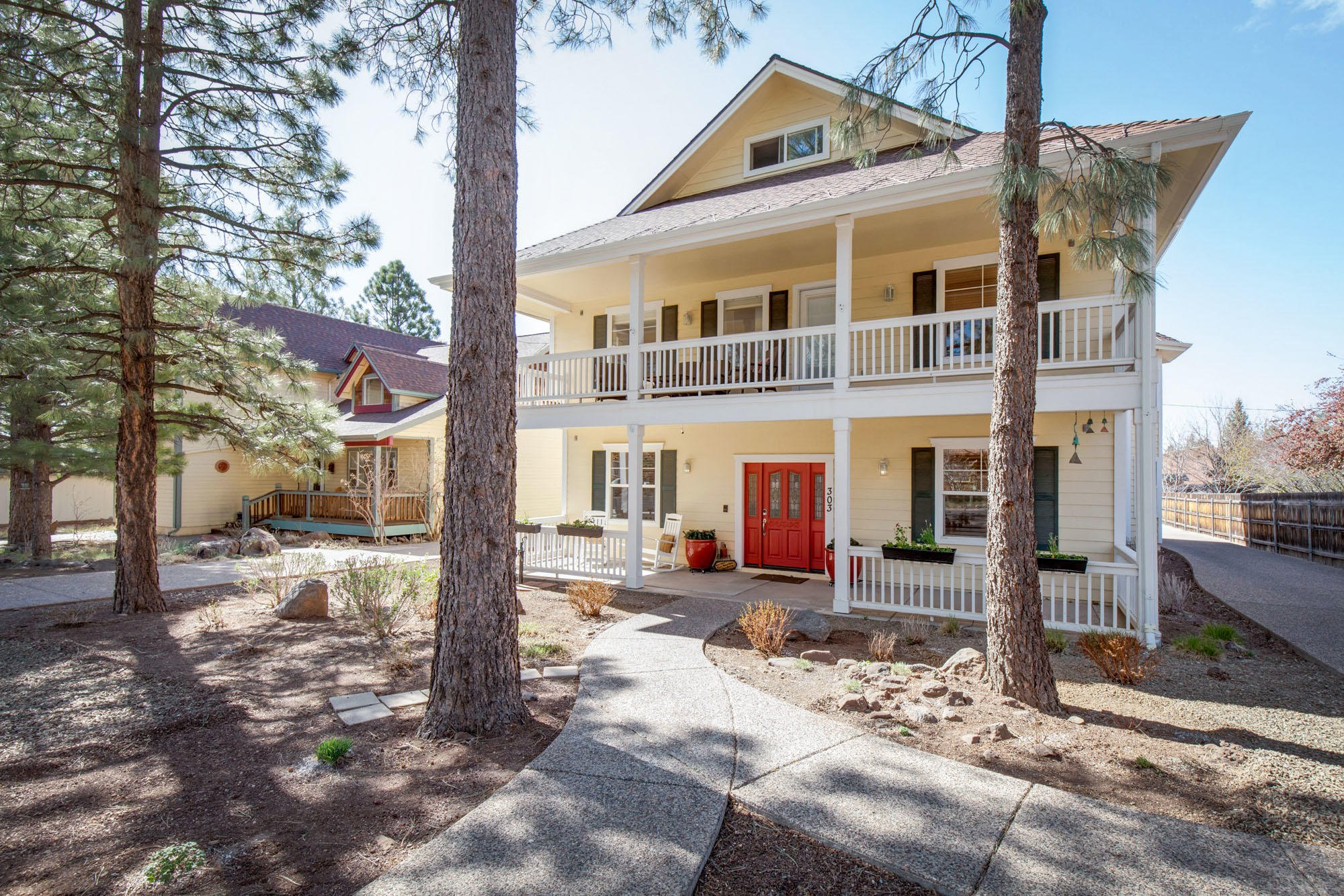 1000 N Beaver St #116, Flagstaff, AZ 86001