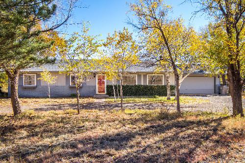 7825 N Hummingbird Lane Flagstaff, AZ 86004