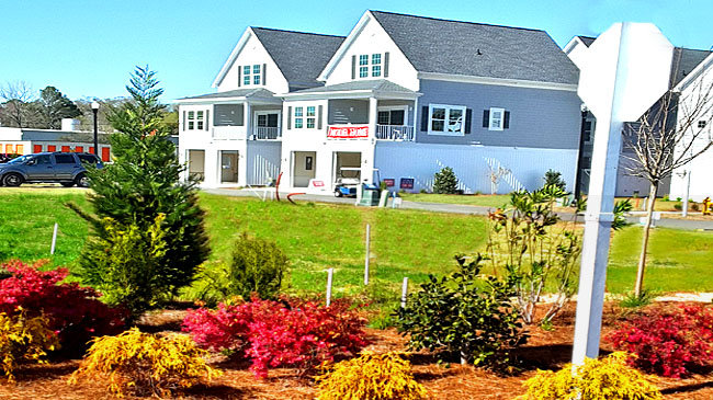 Model Homes in Cape Cod Cottages