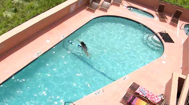 Pool at Carolina Reef