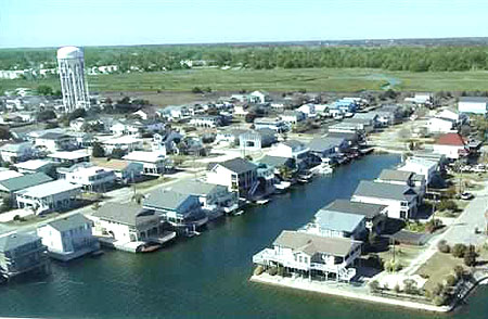 North Myrtle Beach Channel Homes in Cherry Grove