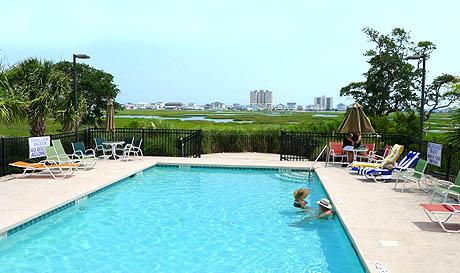 Charleston Landing Pool