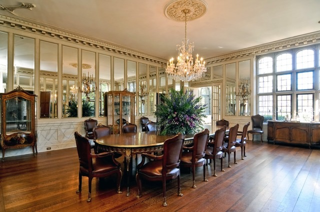 Schweppe Estate dining room