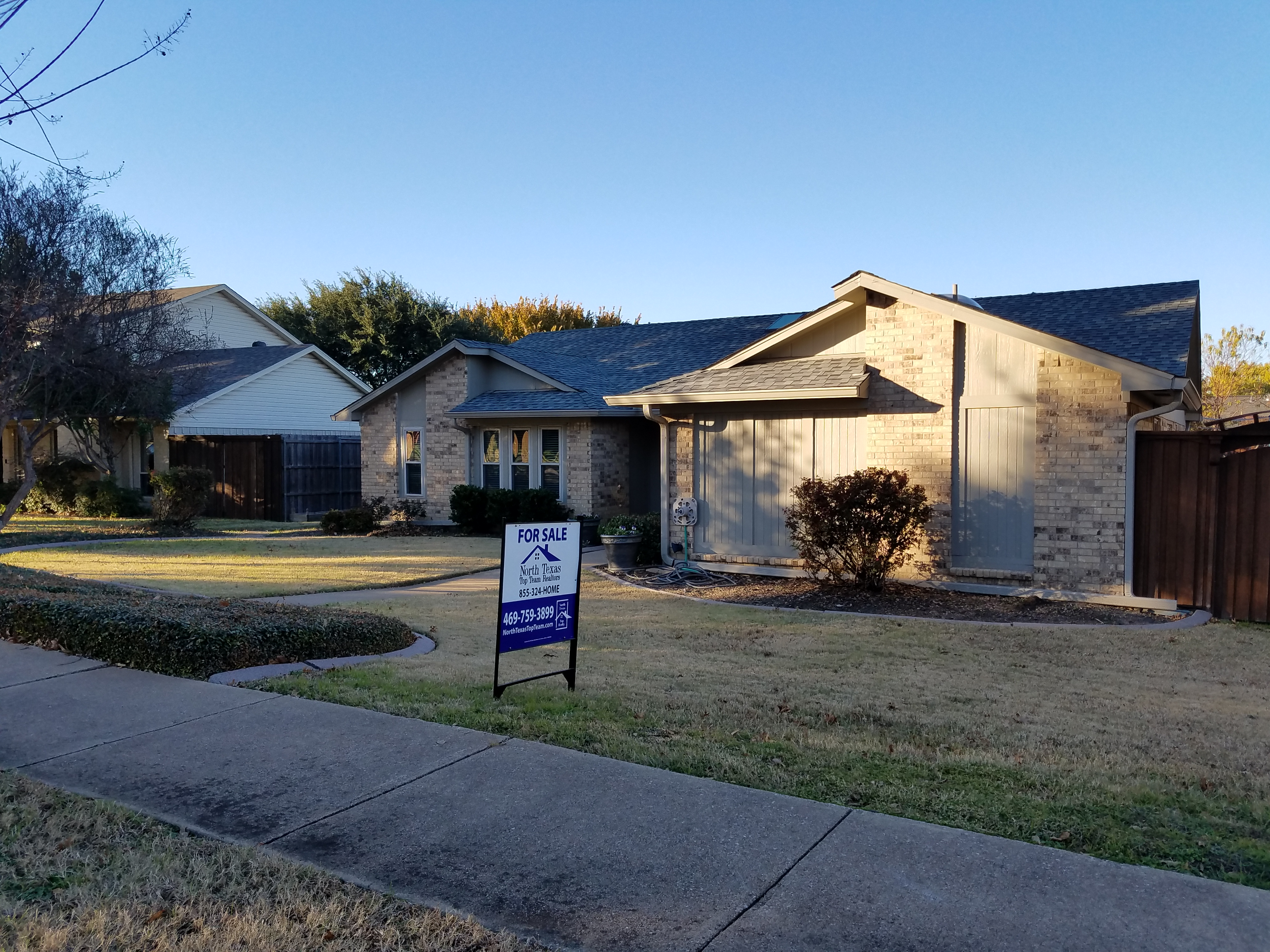 Home For Sale in Plano