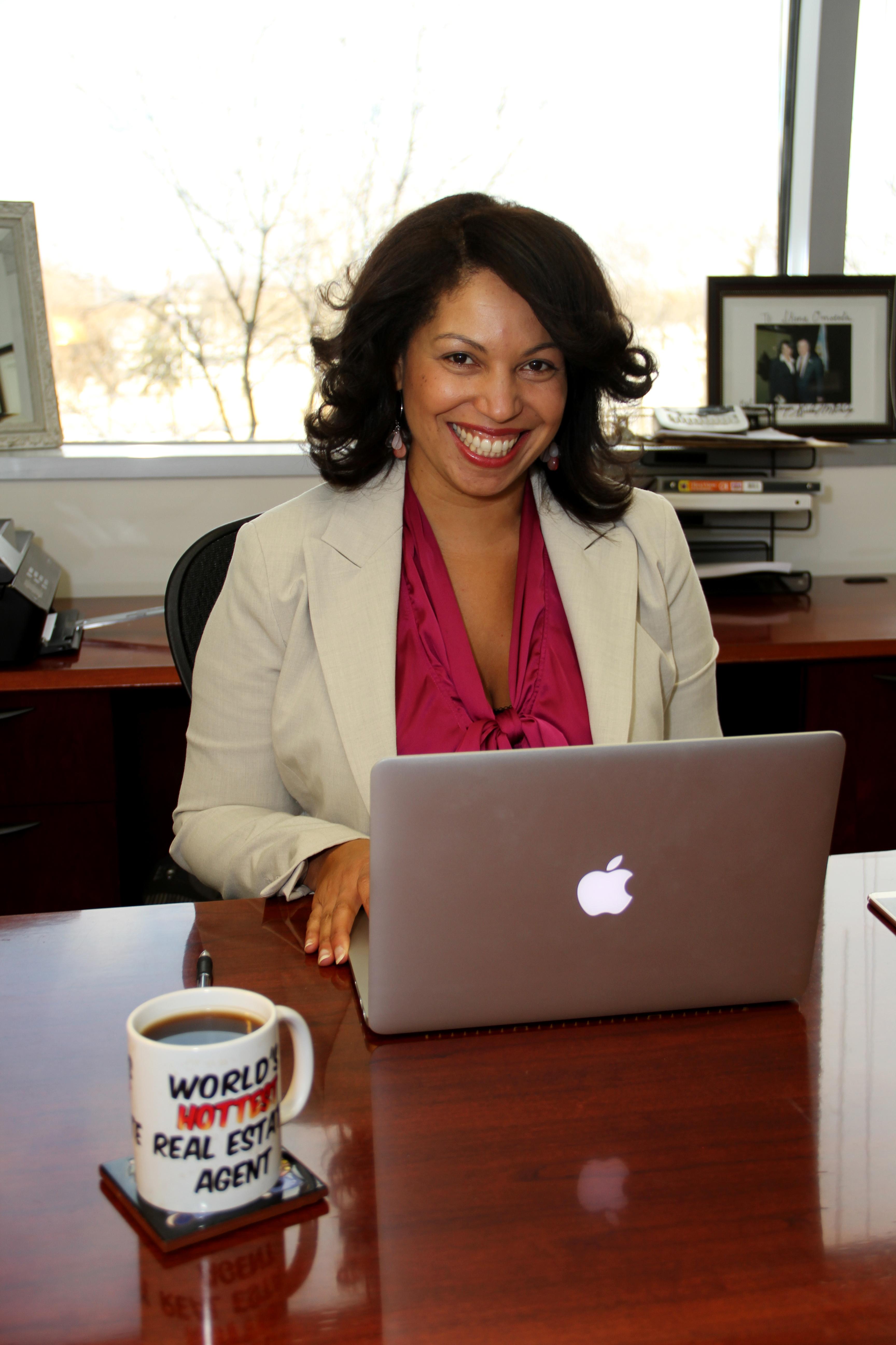 Shena Omotola Indiana Dream Home Specialist