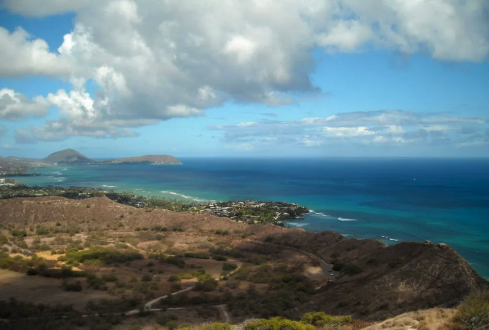 diamond head hike