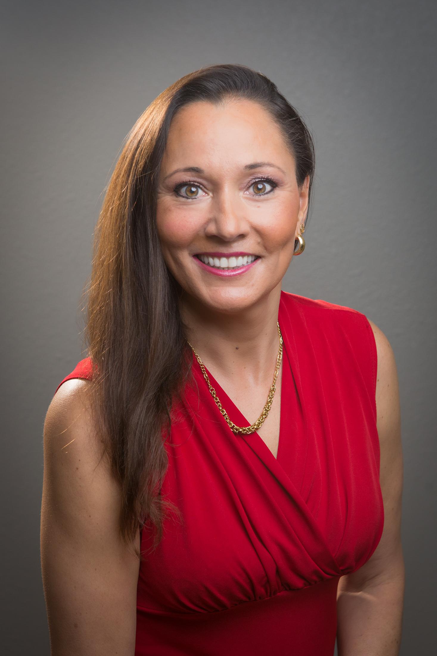 Tina Molina, Broker