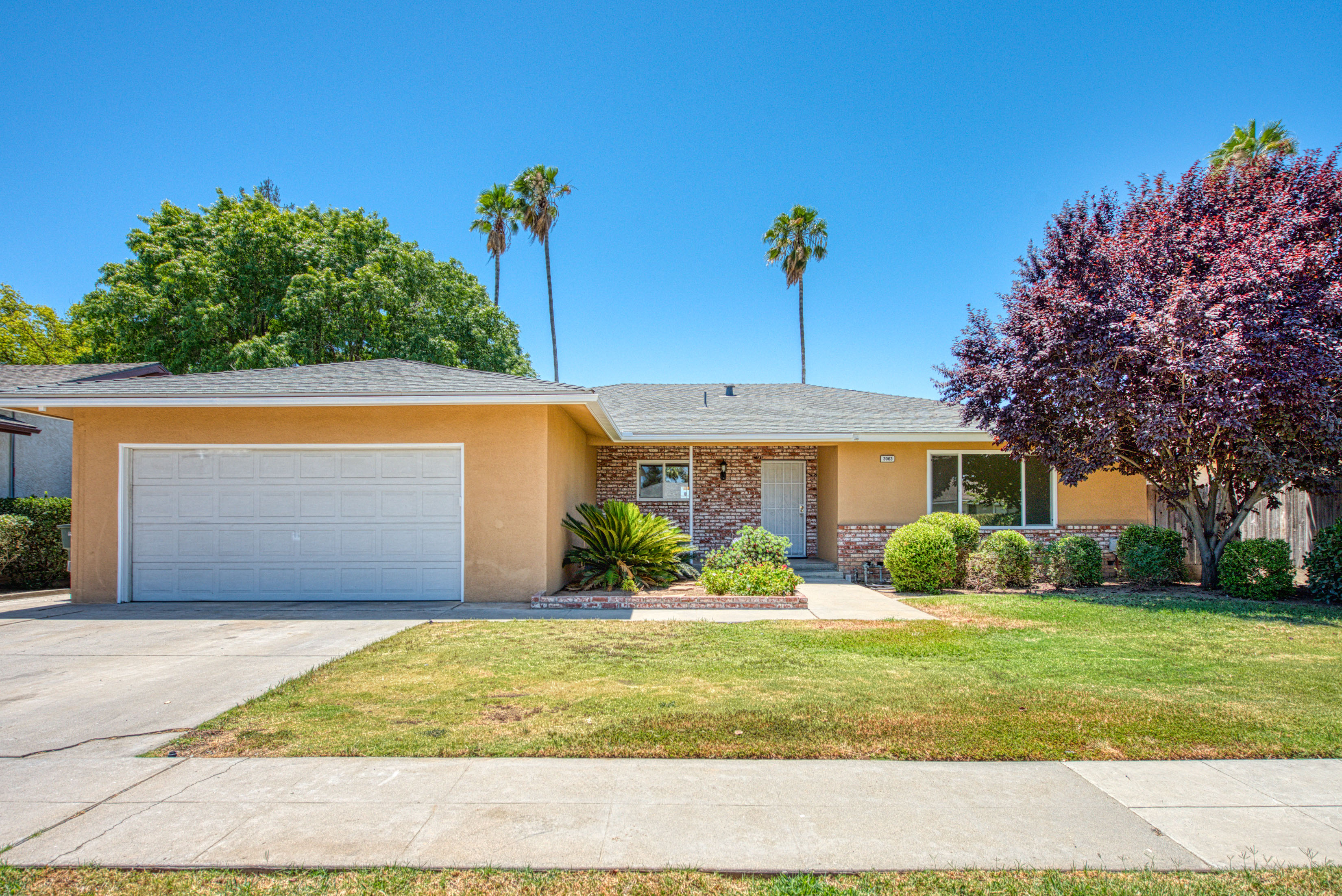 3063 E Sample Ave Fresno CA 93710 Listed by Adam Leisle 168 Real Estate Group
