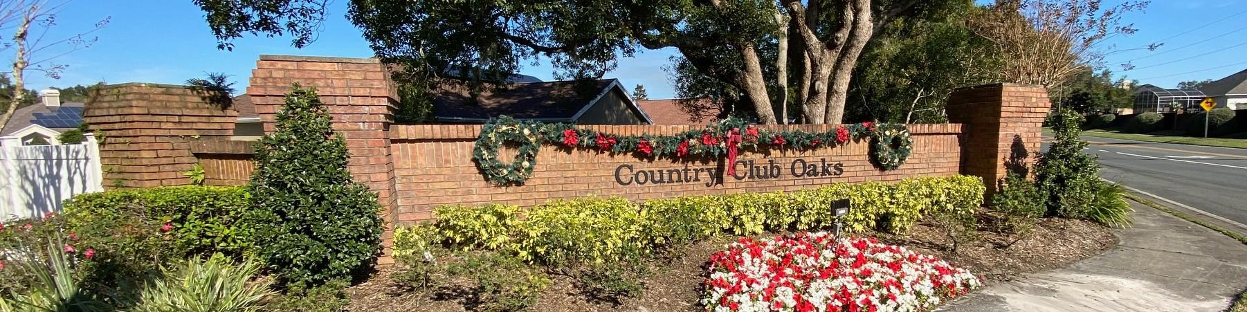 Country Club Oaks