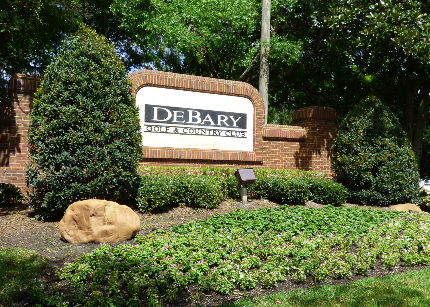 Debary Golf and Country Club Entrance