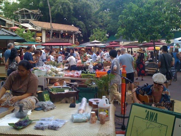 Farmers Markets Around Honolulu