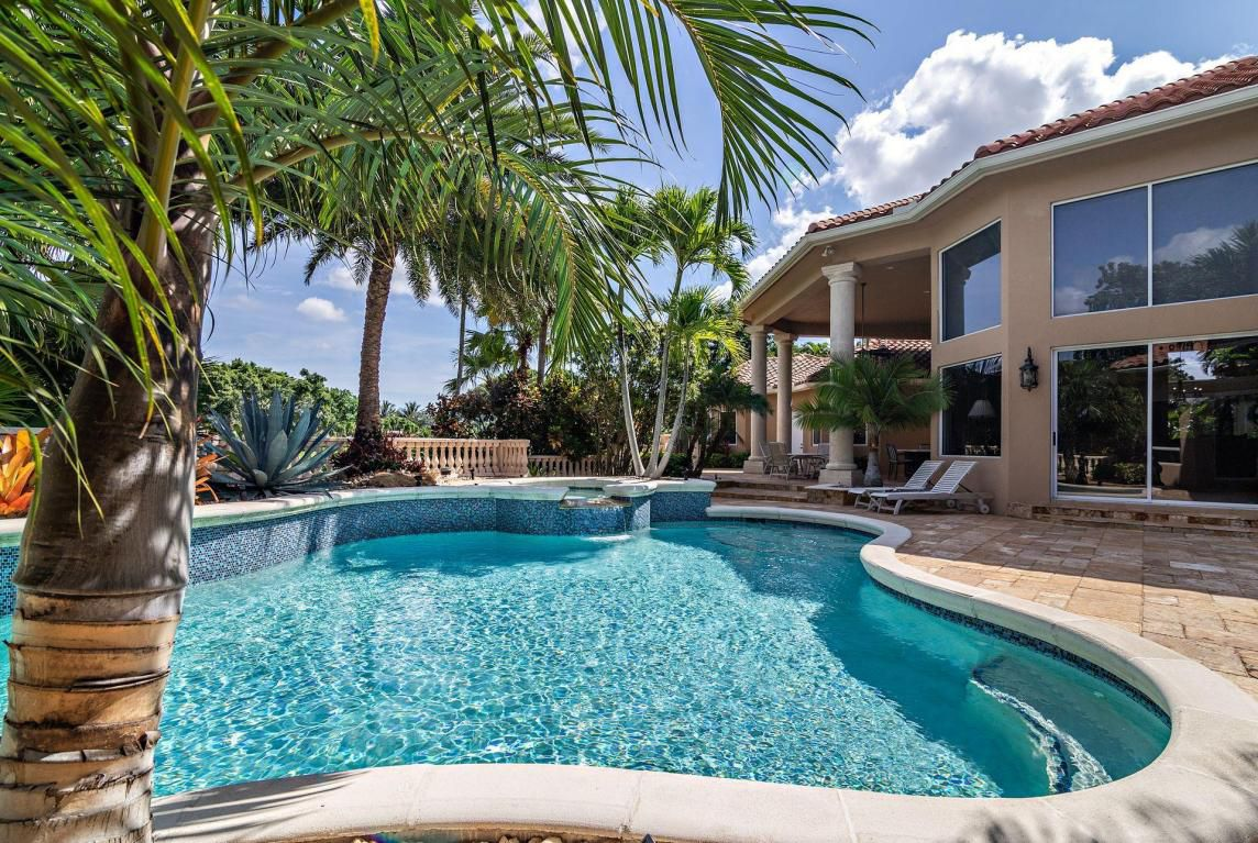 BallenIsles Palm Beach Gardens pool house