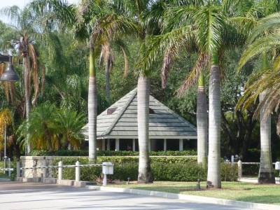 Relax in Boca Sailing and Racquet Club Homes