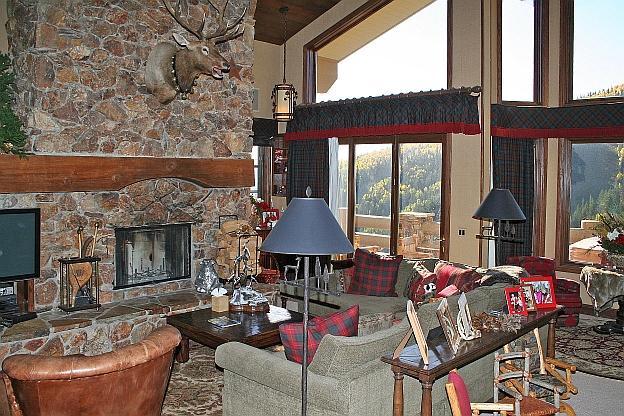 Deer Valley Fireplace