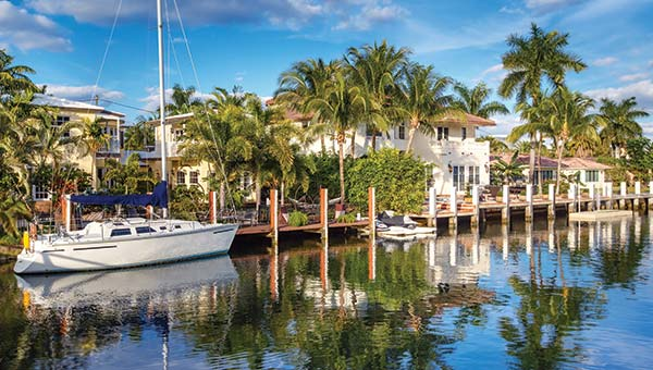 Waterfront homes Palm Beach