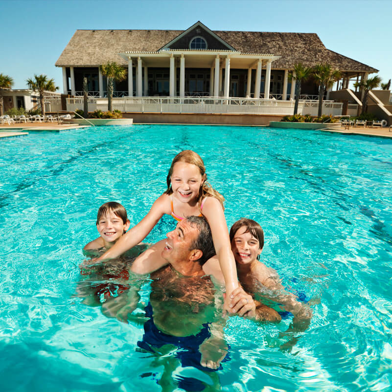Golf and country club homes in palm beach gardens florida for The swimming pool movie online