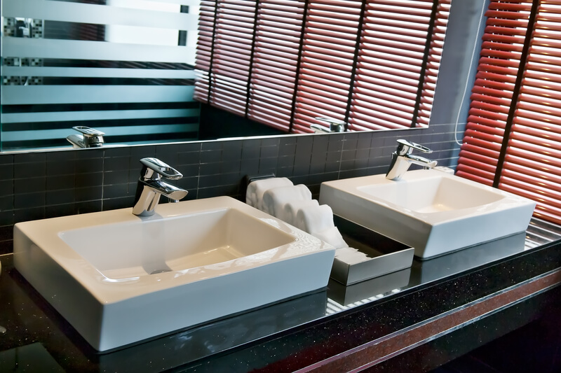 5 Ways to Make Your Bathroom More Appealing to Buyers