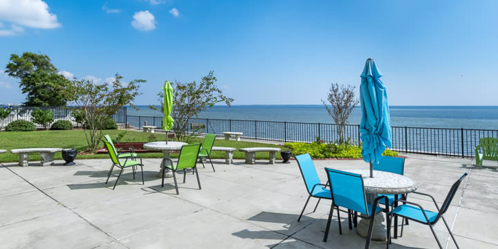 Deck and pool at Bayshore Condominiums
